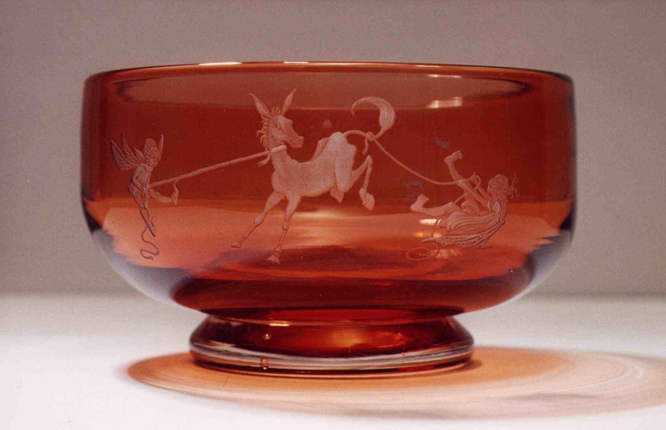 Fairy Bowl engraved by Peter Russell